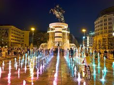 Alexander the Great Fountain, Macedonia Square