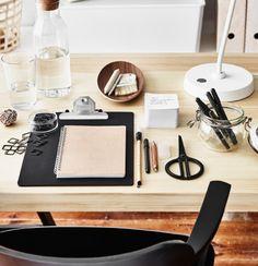 Ikea comfy & organized home office - Daily Dream Decor Interior Design Advice, Interior Design Inspiration, Ikea Portugal, Teen Furniture, Plywood Furniture, Modern Furniture, Furniture Design, Ikea 2015, Design Studio Office