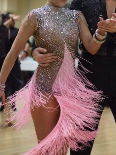 More is better? Ballroom Costumes, Dance Costumes, Salsa Costumes, Latin Ballroom Dresses, Ballroom Dancing, Latin Dresses, Moda Peru, Salsa Dress, Figure Skating Dresses