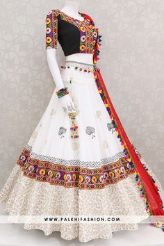 Palkhi fashion presents white full flair chaniya choli set with silk embossed,thread embroidery & traditional handcrafted work. Indian Fashion Dresses, Frock Fashion, Indian Gowns Dresses, Dress Indian Style, Indian Designer Outfits, Indian Outfits, Style Fashion, Garba Dress, Navratri Dress