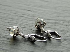 Ohrringe - Kleine funklende Schätze von Perlenfontäne auf DaWanda.com
