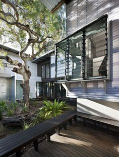 Like all good beach houses, Marcus Beach House explores lightness, filtering natural breezes and integrating indoor/outdoor spaces. Indoor Outdoor Living, Outdoor Spaces, Australian Beach, Australian Sheds, Beach Shack, Minimalist Home, Modern Architecture, House Design, Facade Design