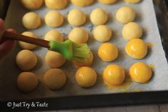 Indonesian Desserts, Indonesian Food, Baking Recipes, Cake Recipes, Finger Cookies, Resep Cake, Heritage Recipe, Cookie Time, Biscuit Recipe