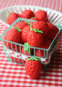 Munchkin Munchies: Strawberry Sugar Cookies~Take 2