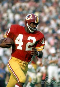 washington redskins super bowl victories | Washington Redskins receiver Charley Taylor in action against the ...