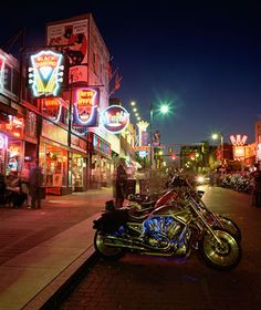 Eat BBQ on Beale Street in Memphis ....the BBQ was ON POINT! But this city was dirtier than I expected. 2015
