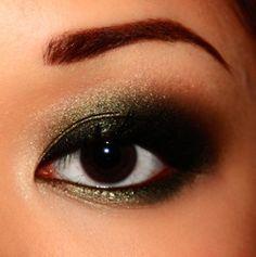 greenish gold smokey eye