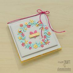 Molt Craft + La Pareja Creativa + Corona flores + tarjeta