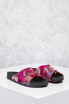 2069f8c6d30   11.45 save 50%  Satin Floral Crisscross Sandals   Forever21 https