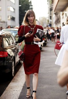 Best Street Style Looks at Milan Fashion Week Spring/Summer 2014 Alexandre Birman, Marsala, Salvatore Ferragamo, Stella Mccartney, Ciao Milano, Haute Couture Fashion, Street Style Looks, Italian Fashion, Fashion Lookbook