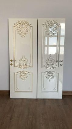 """Luxurious wooden interior doors """"Versailles"""" with silver and gold leaf. Finish: white enamel and gold potal. Baroque style oak door by Stavros. Oak Doors, Wooden Doors, Door Design Interior, Interior Doors, Wooden Door Design, Luxury Homes Interior, Baroque Fashion, White Enamel, Versailles"""