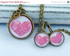 ON SALE Romantic Jewelry Set with ornate red Heart by Schmucktruhe, €17.50