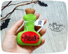 Halloween ornaments Bottle with poison felt decor toys Halloween gift decor cute Halloween felt ornament Halloween party favors scary by MyMagicFelt on Etsy Halloween Party Favors, Halloween Ornaments, Halloween Christmas, Diy Christmas Ornaments, Felt Ornaments, Halloween Mono, Cute Halloween, Halloween Gifts, Halloween 2016