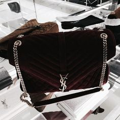 Bid online for designer handbags up for auction from seized assets and estate sales. Brands include Gucci, Louis Vuitton, Chanel and more. Luxury Bags, Luxury Handbags, Purses And Handbags, Designer Handbags, Designer Bags, Yves Saint Laurent, Handbag Accessories, Fashion Accessories, Fashion Jewelry
