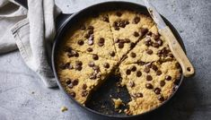 Chocolate Chip Pan Cookies, Chocolate Chip Recipes, Cookie Flavors, Cookie Recipes, Nadiya Hussain Recipes, Greek Recipes, Bbc Recipes, Chips Recipe, Köstliche Desserts