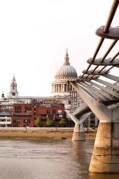 © invisiblegentleman.com | millennium bridge | Foster+Partners