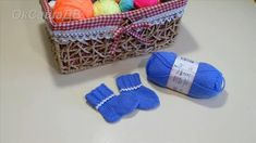 Children and Young Knitting For Kids, Baby Knitting, Knit Baby Dress, Knitting Videos, Baby Socks, Knit Crochet, Baby Kids, Coin Purse, Wallet