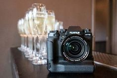 A gallery of hands-on photos of the Fujifilm compact system camera. Fuji Camera, System Camera, New Image, Fujifilm, Lens, Compact, Photography, Photos, Blog