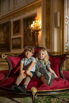 Billy Jenkins as Prince Charles & Lyla Barrett-Rye as Princess Anne. The Crown Tv Show, Crown Netflix, The Goldbergs, Princess Anne, The Best Films, Prince Charles, Buckingham Palace, Music Tv, Period Dramas