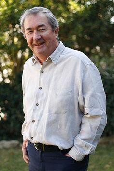 John Flanagan on GoodReads https://www.goodreads.com/author/show/34049.John_Flanagan?from_search=true