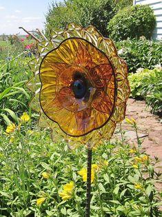 Repurposed Garden Decor | Yard Art Garden Decor Vintage Glass Flower Suncatcher Repurposed AMBER
