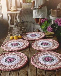 Items similar to Units of Bajo-Platos made Trapillo to crochet 35 cm. in diameter. on Etsy Crochet Home Decor, Crochet Crafts, Crochet Projects, Crochet Motifs, Crochet Doilies, Crochet Patterns, Love Crochet, Knit Crochet, Crochet Placemats