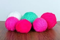 Acrylic Yarn in balls of pink, green and white. Acrylic yarn is a great choice for beginner knitters as it is less expensive than wool. How To Start Knitting, Knitting For Kids, Easy Knitting, Knitting For Beginners, Knitting Projects, Crochet Stitches, Knit Crochet, Yarn Images, Different Types