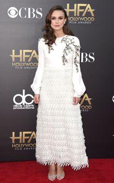 keira-knightley-white-dress-hollywood-film-awards-2014