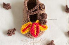 Autumn Oak Baby Booties - Free Crochet Pattern