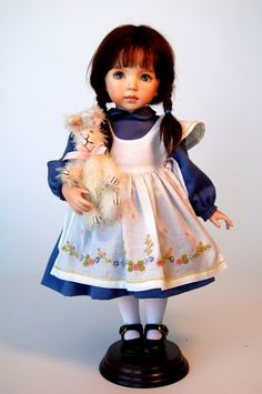 Dianna Effner has been making dolls and designing for the collector market for over 30 years.