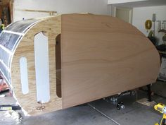Learn how to build a custom teardrop trailer. This fairly easy and inexpensive method will have you wanting to build your own in no time. Teardrop Trailer Plans, Building A Teardrop Trailer, Home Made Camper Trailer, Camper Trailers, Residential Plumbing, Hatch Door, Teardrop Camping, Homemade Camper, Camping Pod