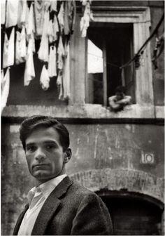гомо-онлайн:  Герберт Список, Пьер Паоло Пазолини, 1953  Гомо   Пожалуйста, следуйте за мной: http://antonioedsoncadengue.tumblr.com/archive