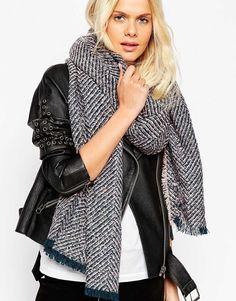 Image 1 - ASOS - Écharpe oversize en tissu bouclé motif chevrons - Pastel  Mode Femme 80625eb1a3d
