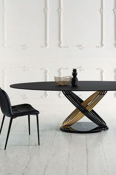 3b3fbba323bc Fusion table fix or with extensions with lacquered metal rings. Base in  lacquered metal,