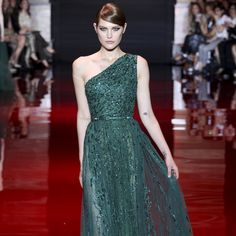 emerald dress from Elie Saab f/w '13/14 ctr show