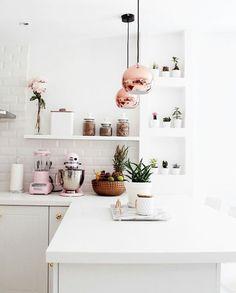 Gorgeous white kitchen! I love it.. -Emma