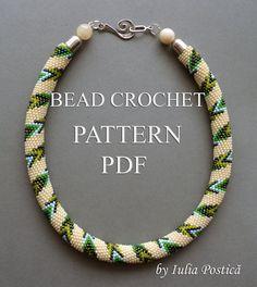 Pattern for bead crochet necklace Path In Spring door BeadedTreasury