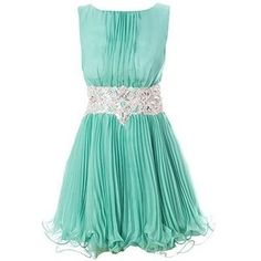 Flowing Tiffany blue dress. I'm really diggin the color.