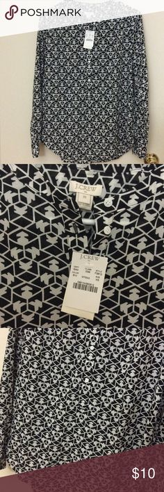 J. Crew printed Henley Blouse Brand new with tags. Color is Black ivory. Polyester. Easy fit. Machine wash. This a nice casual top perfectly paired with jeans. The size is Regular XS. ❌ No Trade. ❤️❤️❤️ love to hear more questions J. Crew Tops Blouses