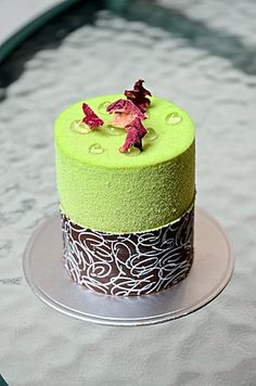 Pistachio Passionfruit Chocolate Cake 開心果熱情果朱古力蛋糕 @ Pantry Bread & Pastries (Hong Kong) ♥