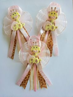 BABY SHOWER PINS Giraffe baby shower favor by ForeverSweetfavors, $8.00