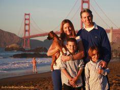 10 tips om het beste uit een familiefoto te halen.  Tip: Let op de omgeving bron: awkwardfamilyphotos.com