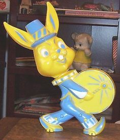 OLD 1950's HARD PLASTIC ROSEN ROSBRO EASTER BUNNY RABBIT CANDY CONTAINER BANK | #474531730