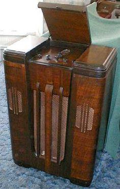 Philco 1936 Art Deco style massive console radio.