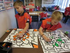 To inspire the graders this week, I had them look at the artwork of Adam Hillman HERE . Creative Activities, Art Activities, Middle School Art, Art School, Art Lessons Elementary, Elementary Schools, Name Art Projects, Teaching Patterns, Line Lesson