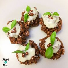 Low Syn Chocolate Crispy Christmas Puds | Slimming World
