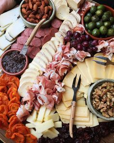 """""""If there's dried fruit on a cheese board it makes it healthy right?? +  at @silveroakcellars with @williamssonoma #findingfortessa"""""""