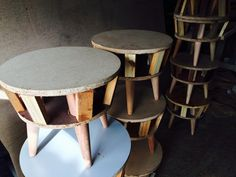 estructuras puff materos Stool, Chair, Diy And Crafts, Lounge, Ottomans, Diy Wood, Furniture, Create, Handmade