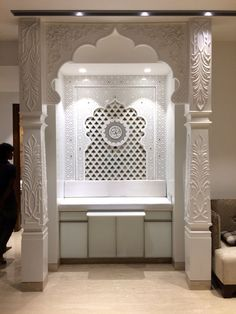 vab_construction Marble carving indian home temple. Floor Design, Ceiling Design, Bed Design, Temple Room, Home Temple, Home Interior Design, Home Design, Interior Decorating, Photos Islamiques
