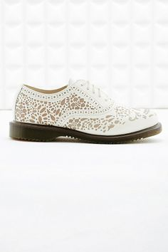Dr. Martens Aila Oxford Shoes in Skull Etched Print | Urban Outfitters UK